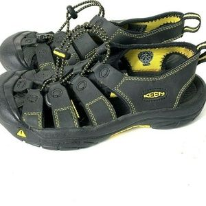 Keen Sport Sandals Youth size 5 Black yellow Water
